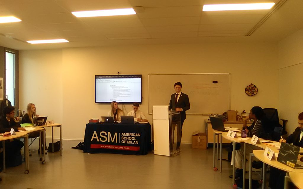 Manzoni's Michele Mauri debating in ASMMUN's Security Council